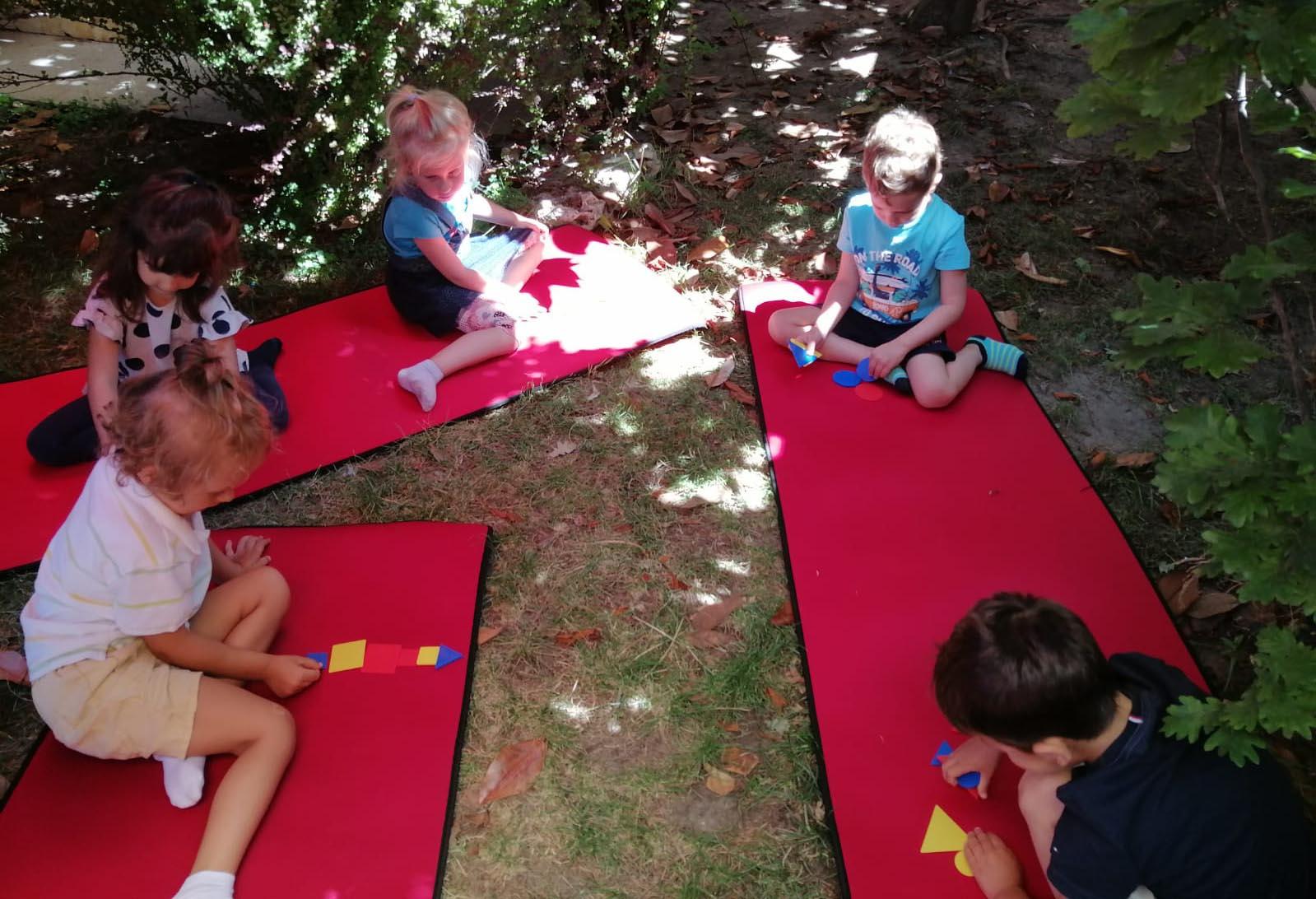 Activitate în aer liber • Gradinița Căsuța din pădure Constanța
