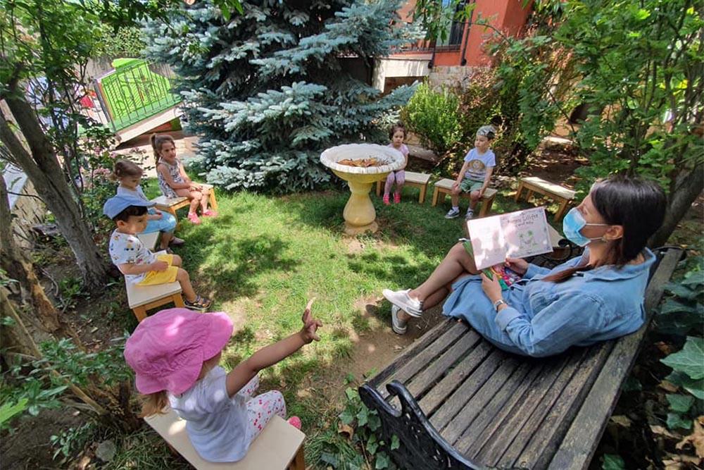 Grădinița Căsuța din pădure • exterior • activități