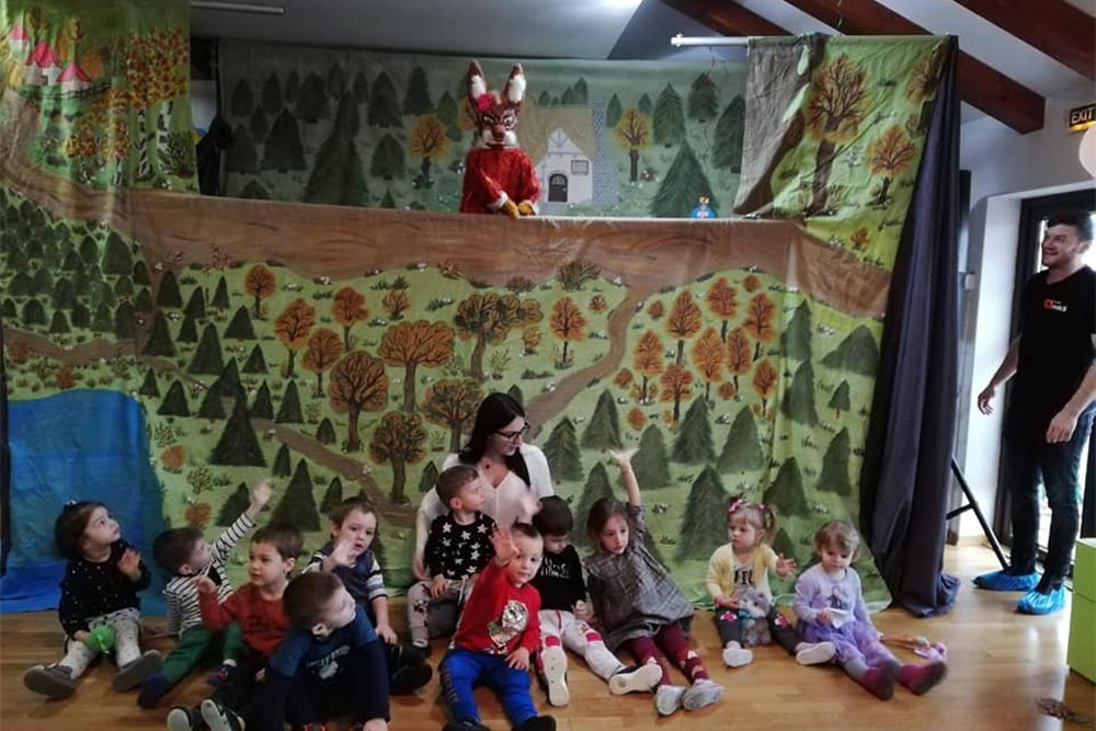 Grădinița Căsuța din pădure • interior • activități